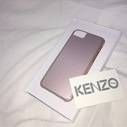 いま、彼とおそろいで持ちたいケースNo.1? KENZOのユニセックスなiPhoneケースがかわいい♡