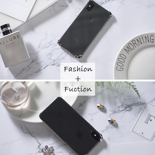 iPhone X本来のデザインを楽しみたい人に♩ シルバー製のミニマルなコーナーバンパー『Rmour』