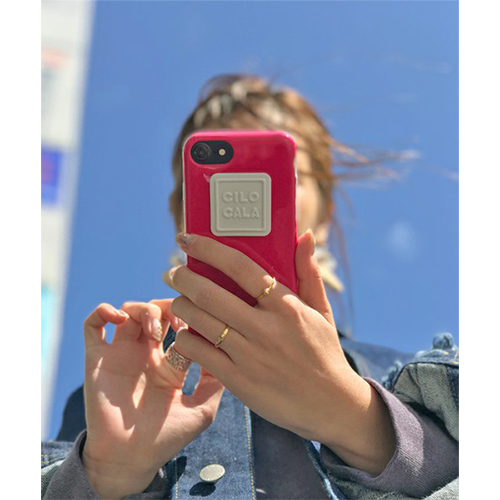 """ぷっくりしたロゴが印象的。豊富なカラーで""""好き""""が見つかる「CILOCALA」のiPhoneケースが登場♡"""