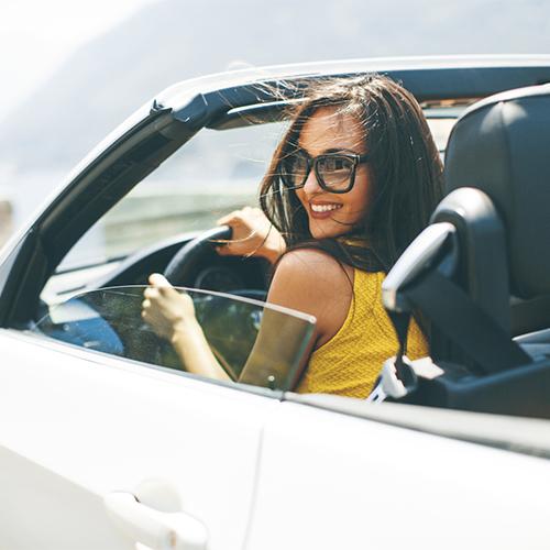 運転中にiPhoneの通知が気になる?そんな人は安全のためにもドライブモードを活用しよう!