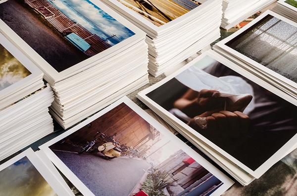 iPhoneやiPadの「写真」アプリで、アルバムの表紙に好きな写真を設定する方法♩