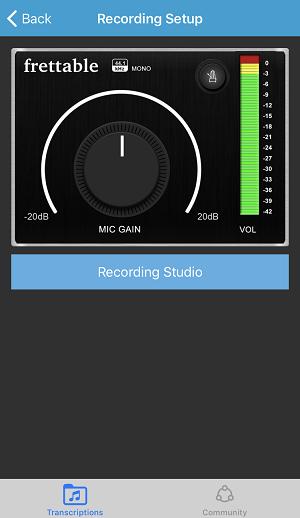 3023c6ebc8cf3 アプリを立ち上げたらまずは、「MIC  GAIN(マイク入力)」のつまみで音量を調節し、声を出した時に画面右のボリュームが黄色いラインまでくるようにします。