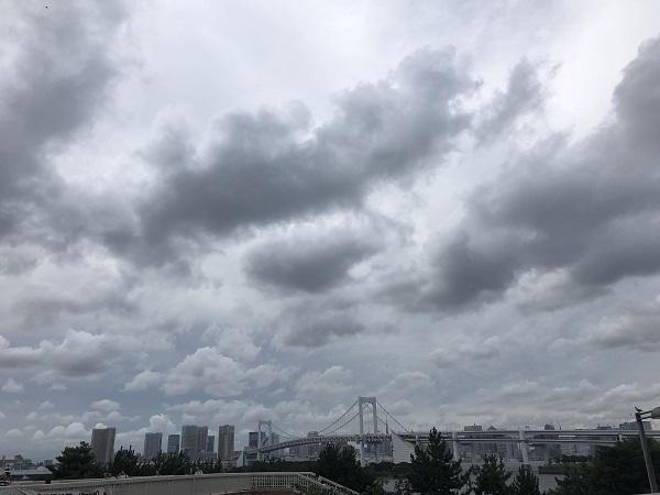 ゲリラ豪雨から身を守る。的中率80%以上の天気予報アプリ『3D雨雲ウォッチ 』で突然の雨を回避しよう!