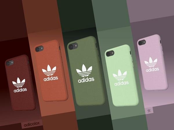 """""""くすみカラー""""で秋を先取り。アディダス オリジナルスの新作iPhoneケースは大人なスポーツミックスコーデにぴったり♡"""