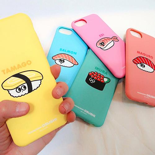 お寿司達のシュールな世界観が話題♡「時すでにお寿司」がiPhoneケースになっちゃった!