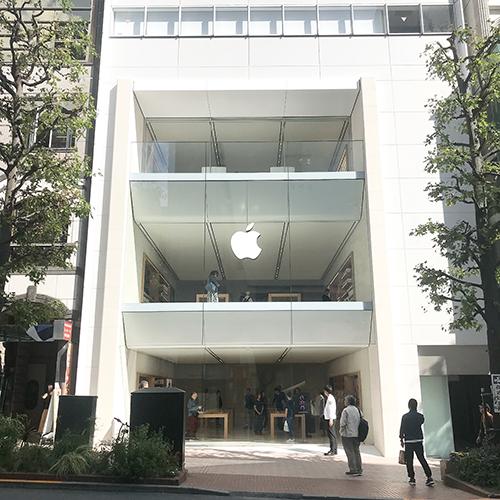 10月26日(金)リニューアルオープンするApple 渋谷。全3フロアの明るい店内と美しいらせん階段が目を引く