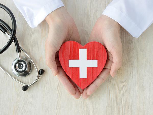 iPhoneのヘルスケアアプリって使ってる?急な体調不良時に役立つ時があるかも!