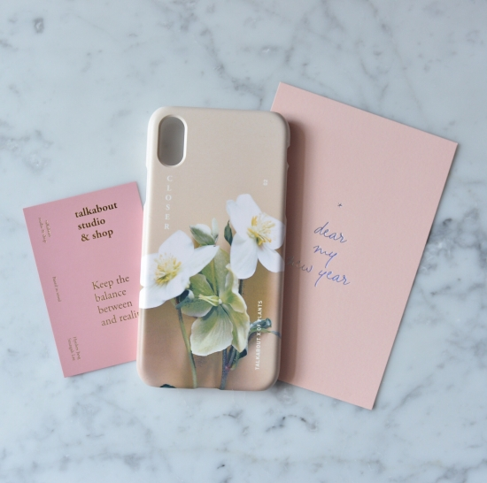 植物モチーフのiPhoneケースが春夏にぴったり。「OF PLANTS」と韓国のフラワースタジオがコラボしたデザインも素敵です♡