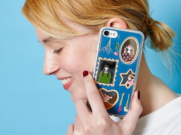 夏の女子力アップが狙えそう♩身だしなみチェックができるミラータイプや、お花モチーフのiPhoneケースをご紹介♡