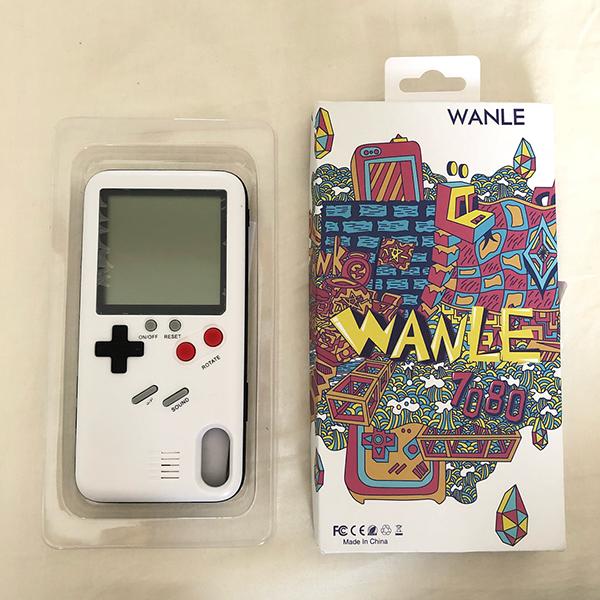 そのゲーム機、本当に使えるの?実際にプレイできるゲーム機風のiPhoneケースがレトロかわいいって話題です♡