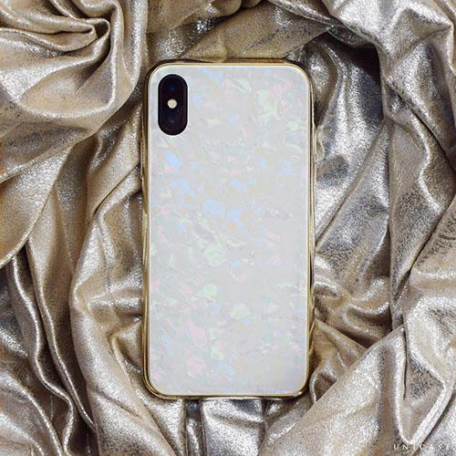 暑い夏にぴったり♡きらきら感がかわいいシェルテイストのiPhoneケース6選