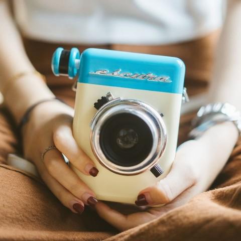 完全アナログ式のレトロ感がおしゃれ♡「Escura instant camera 60s」の60年代風アナログカメラ登場!