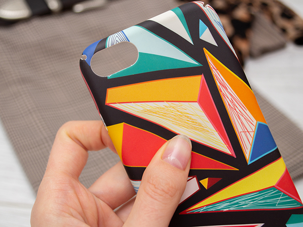 こだわりのオリジナルiPhoneケースが簡単に作れる!「iPhoneケースラボ」サイトがオープンしました♩