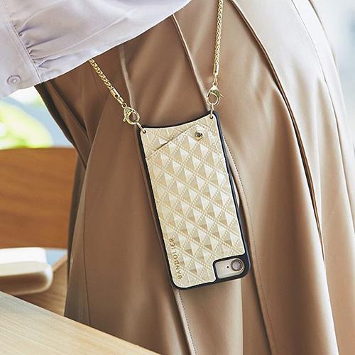 iPhoneを斜めがけできる「BANDOLIER」のiPhoneケースがとってもおしゃれなんです♡