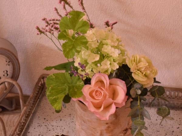 お花屋さん直営だからクオリティにも期待できそう♡おうちにお花が届く「Hanayue お花の定期便」がスタート