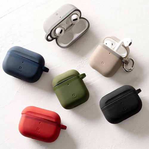 iFace Reflectionシリーズと同色のAirPodsケースがついに登場!シリコン素材で握りやすく落としにくい仕様に◎
