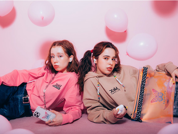 「X-girl × CASETiFY」人気コラボコレクション第2弾の先行予約がスタート!アパレルアイテムも登場♡