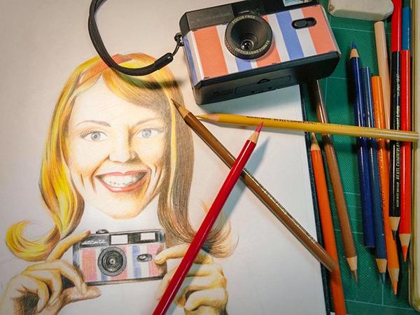 3つの国をイメージしたデザインがかわいい、アナログカメラ「Escura」がヴィレヴァンオンラインに登場