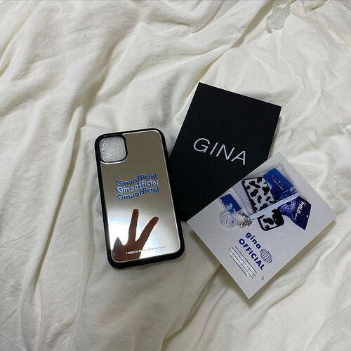 """""""ブルー""""が気になる季節。青いロゴの「Gina」なら、爽やかな夏っぽiPhoneケースに出合えそう"""