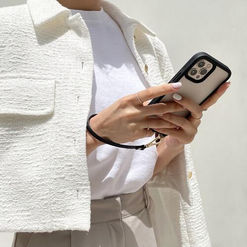 コーデに合わせて取り替えてみる?2wayストラップがついた「CYRILL」の新作iPhone 12/12 Proケース