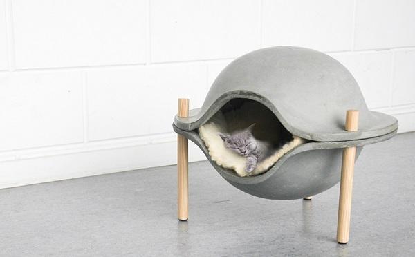 ペットも飼い主もご満悦♡コンクリート製の犬猫用ハウスがオシャレ且つ快適