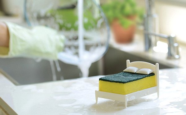 なんかなごむ~♡洗い物が楽しくなるスポンジ用ベッドが可愛い