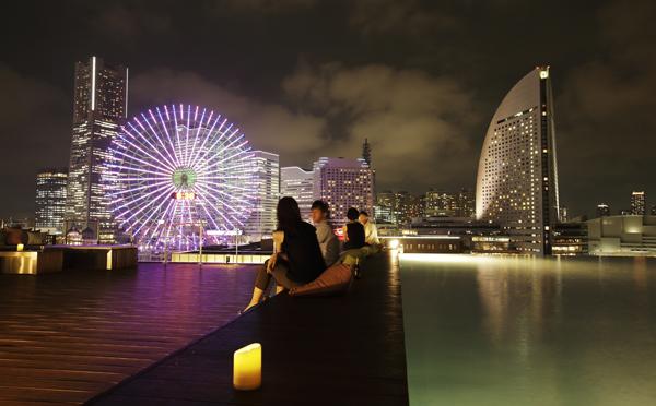 リゾート気分を満喫♡横浜・みなとみらいにおしゃれなルーフトップバーが今年もオープン