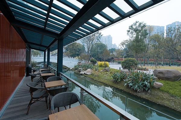 China-Chengu-Tianfu_Riverfr