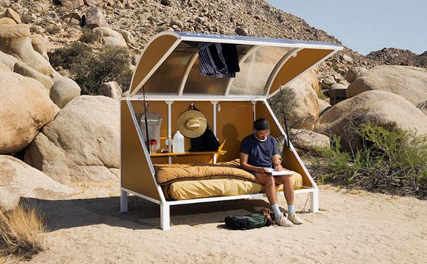 まるで未開の地にいるみたい!砂漠の真ん中に置かれたカプセル型宿泊施設がユニーク☆