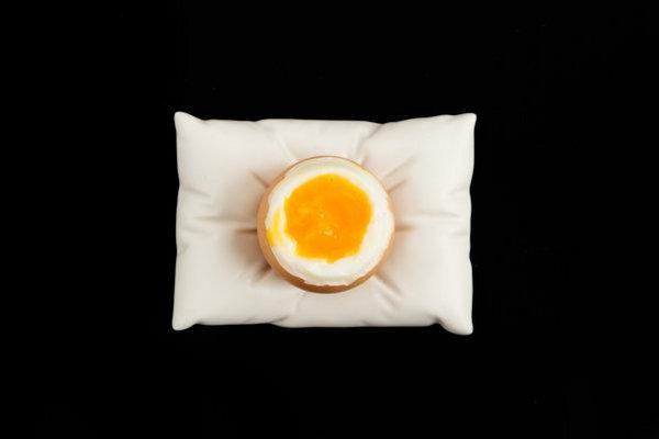 egg pillow cup