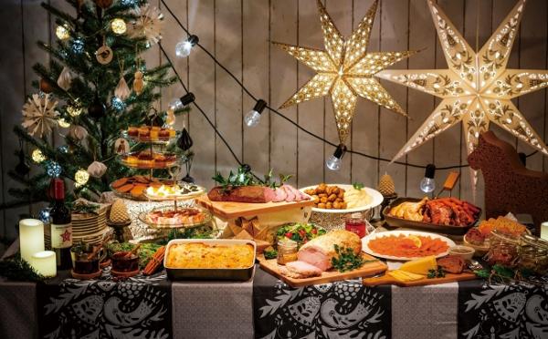 ローストビーフやチョコレートファウンテンも♪イケアのスウェーデン流クリスマスのごちそうがおいしそう!
