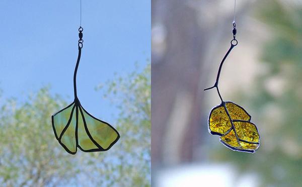 ワインボトルが木の葉に変身!窓辺を彩るガラスリーフが美しい