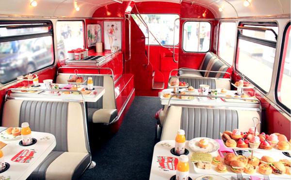 おしゃれ女子必見!2階建てバスでアフタヌーンティーができるロンドンのツアーが人気