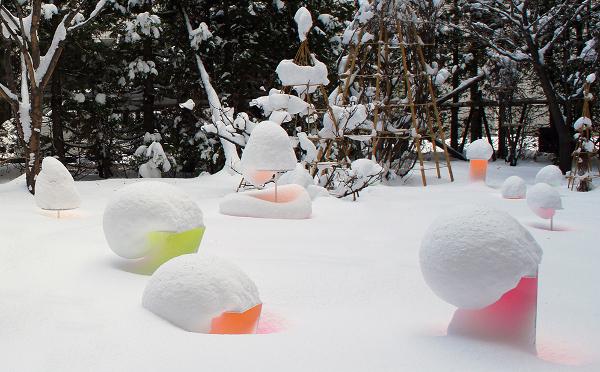 この冬、北海道に行ったらマストで訪れたい!パステルカラーの雪アートが幻想的♡