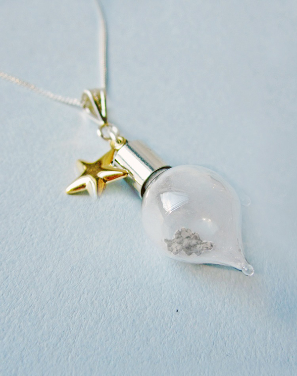 moon_dust_necklace_2
