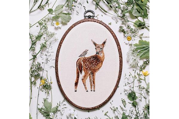 これ、絵じゃないの?ひと針ずつ丁寧に縫われた動物の刺繍がステキ♡