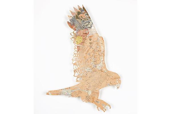 ヴィンテージ地図をリサイクル!地球に優しいペーパーアートの鳥たちが繊細で美しい