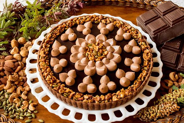 1240_カシスブラウニーとチョコレートムースのタルト_w_tr