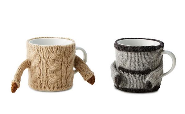 アツアツのドリンクを注いでも大丈夫♪見た目も暖かなマグカップ用セーターがかわいい