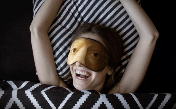 アートな夢が見られそう…?名画をデザインしたアイマスクが斬新すぎる!