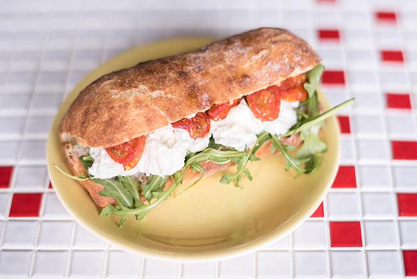 06_sandwich_yaya