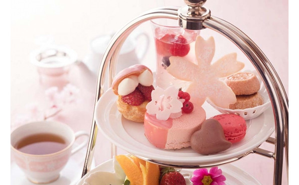 優雅にお花見気分が味わえる♪この春行きたいホテルの桜色ランチ&アフタヌーンティー8選