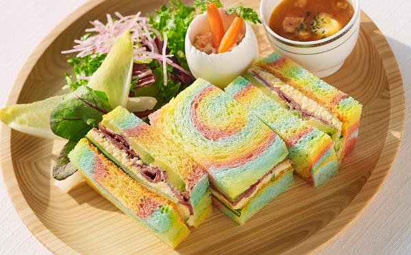 七色のサンドイッチがインパクト大☆ザ・プリンス パークタワー東京のイースター限定メニューがかわいい