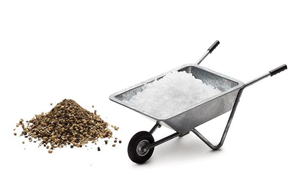 食卓が畑に見えてくる…!?手押し車を模ったスパイス入れがキッチュで可愛い