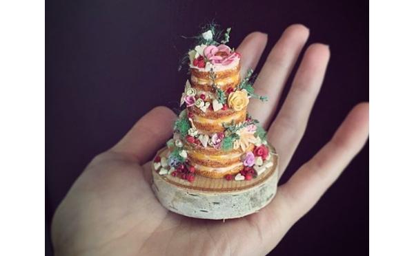 小さいけど超リアル!手のひらにのっちゃうミニチュアケーキがかわいすぎ♡