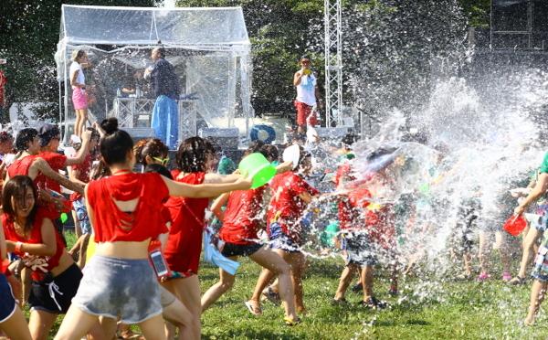 ずぶ濡れ必至!夏を最高に盛り上げてくれる音楽フェス「ファンファンスプラッシュ」が今年も開催