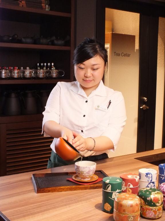 茶葉のソムリエ「茶バリエ」