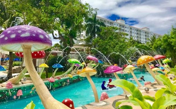 セブ島で宿泊するならココ!藤田ニコル絶賛のゆめかわいいプールで夏の女子旅を満喫したい♡