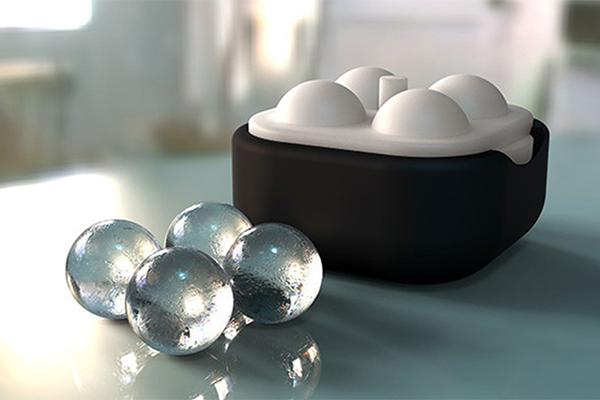 冷たいドリンクがグンとおいしくなる♡クリスタルのような澄み切った氷のボールが作れるアイストレイ