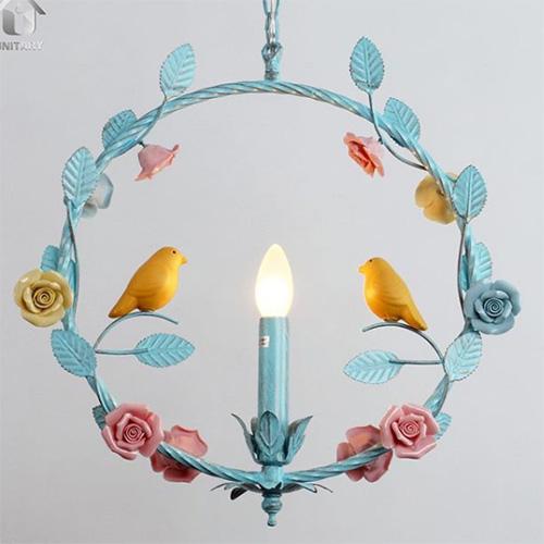 見上げる度に笑顔になる♩小鳥がとまるメルヘンなペンダントライトがかわいい